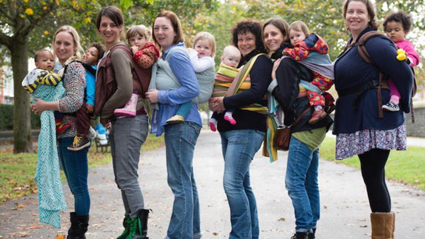 Babywearing: stretti al vostro bambino